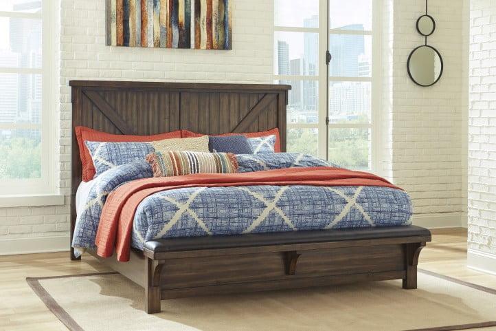 Lakeleigh Brown Queen Panel Bench Bed