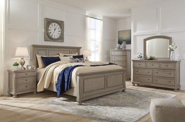 Lettner Light Gray Panel Bedroom Set