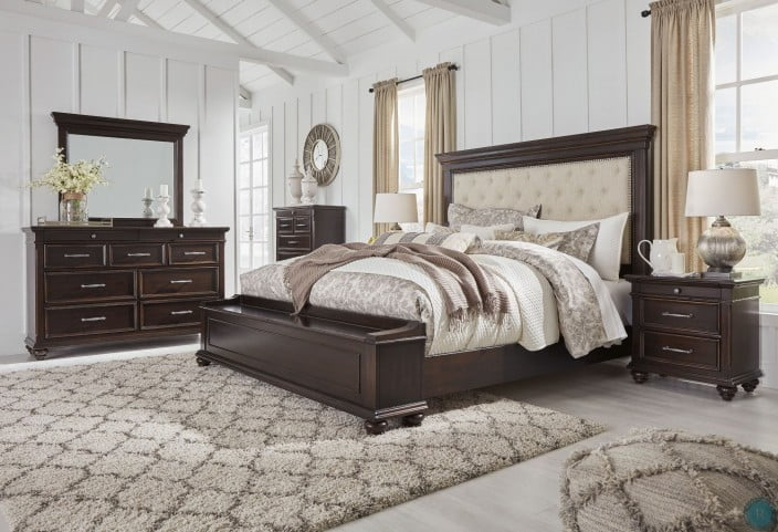Brynhurst Dark Brown Upholstered Storage Panel Bedroom Set