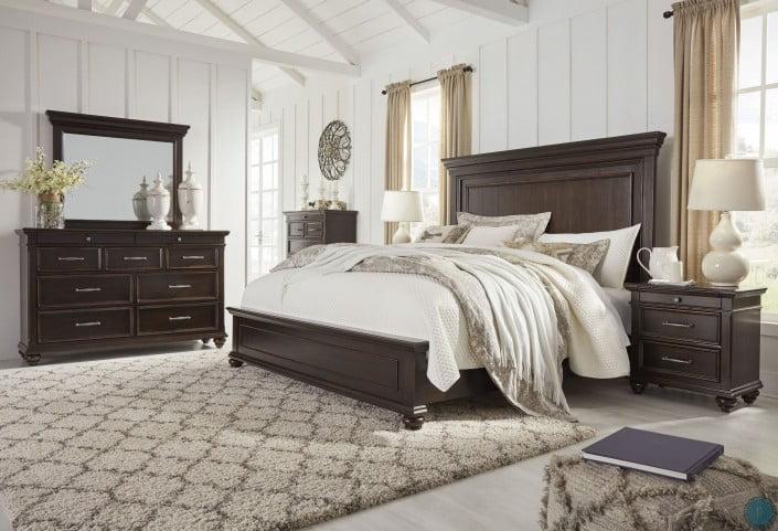 Brynhurst Dark Brown Panel Bedroom Set