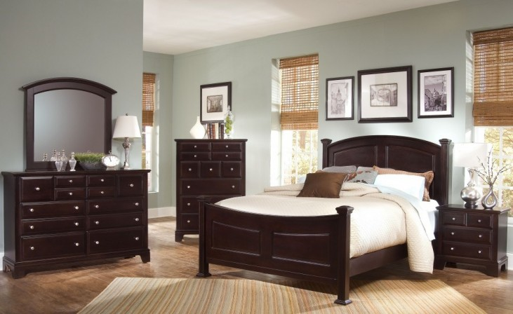 Hamilton/Franklin Merlot Panel Bedroom Set