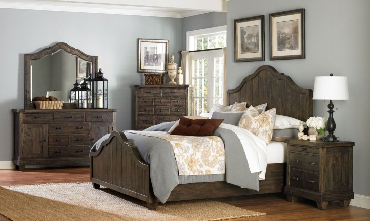 Brenley Panel Bedroom Set
