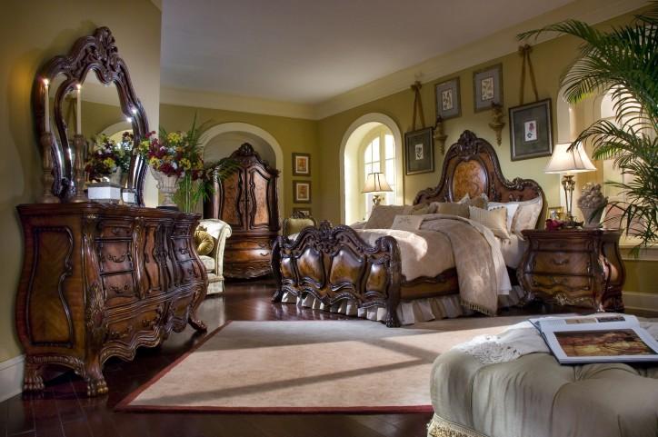 Chateau Beauvais Panel Bedroom Set