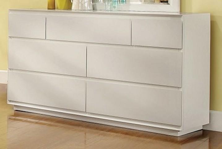 Leeroy White Dresser