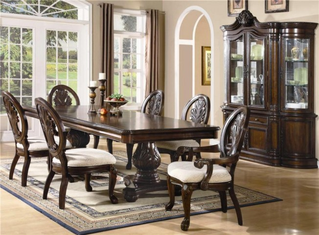 Tabitha Pedestal Dining Room Set