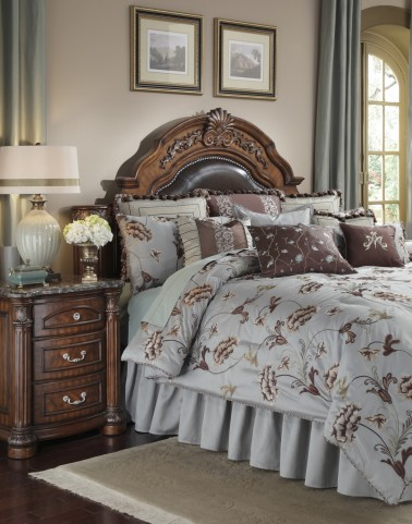 Enchantment 12 Pcs Queen Bedding Set