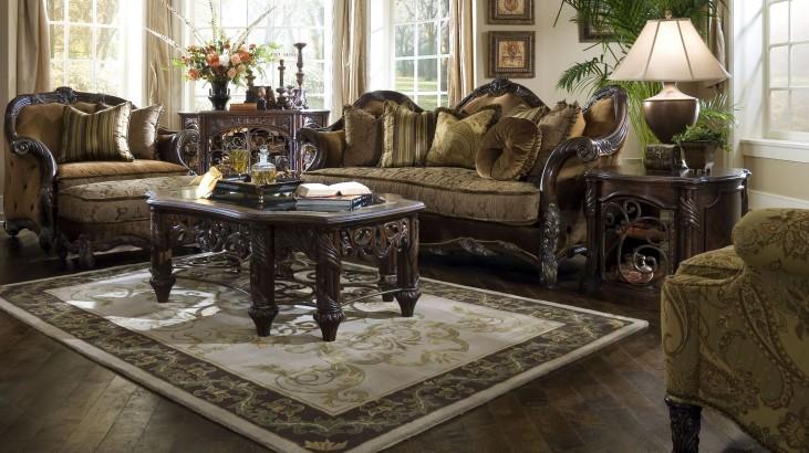 Essex Manor Living Room Set