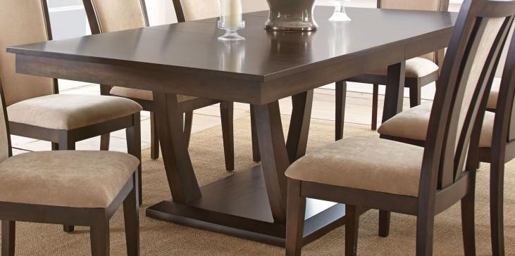 Gabrielle Extendable Rectangular Dining Table