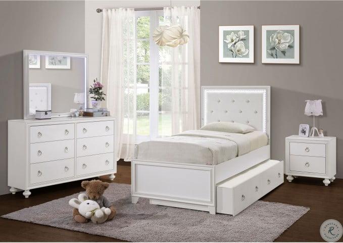 Bella White Drawer Dresser