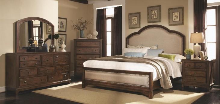 Laughton Panel Bedroom Set