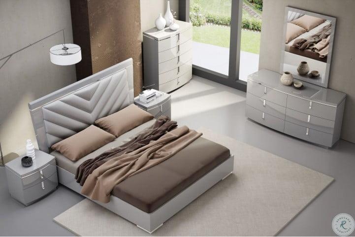 New York Gray Upholstered Platform Bedroom Set