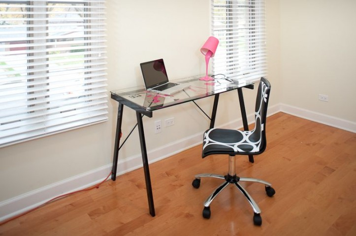 Graphic Top Love In Paris Home Office Set