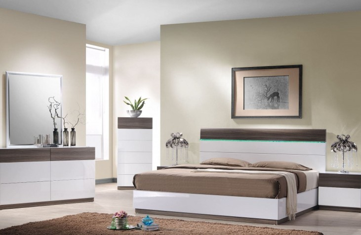 Sanremo A Platform Bedroom Set