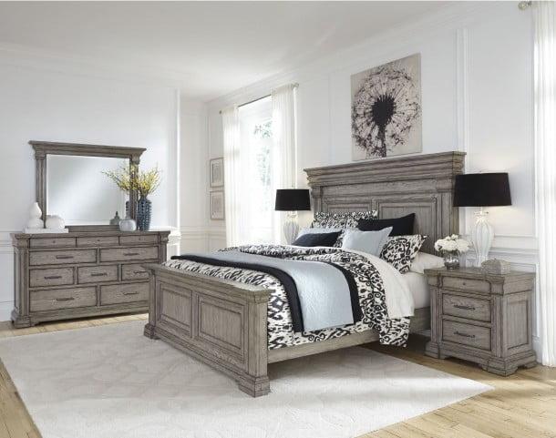 brand new 24785 bdb49 Madison Ridge Soft Grey Panel Bedroom Set