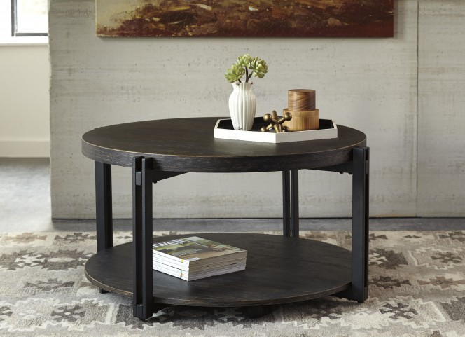 Winnieconi Black Occasional Table Set