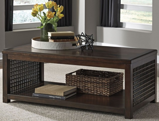 Roxenton Brown Occasional Table Set