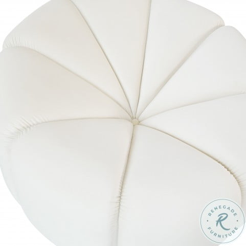 Marshmallow Cream Velvet Lounge Chair
