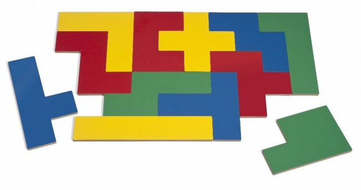 Four Color Pentomino Puzzleation