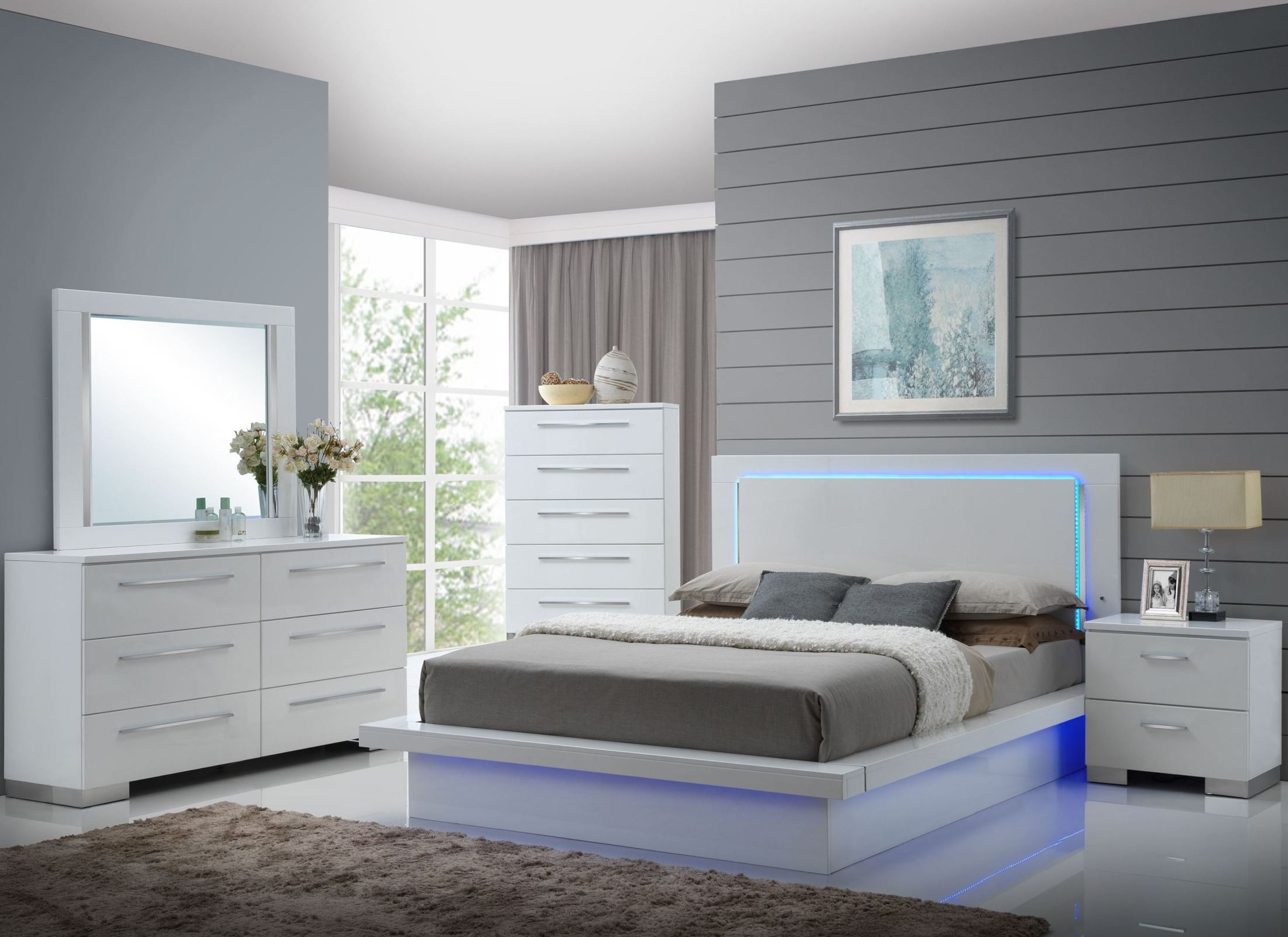 Sapphire High Gloss White Laminate Platform Bedroom Set from New ...