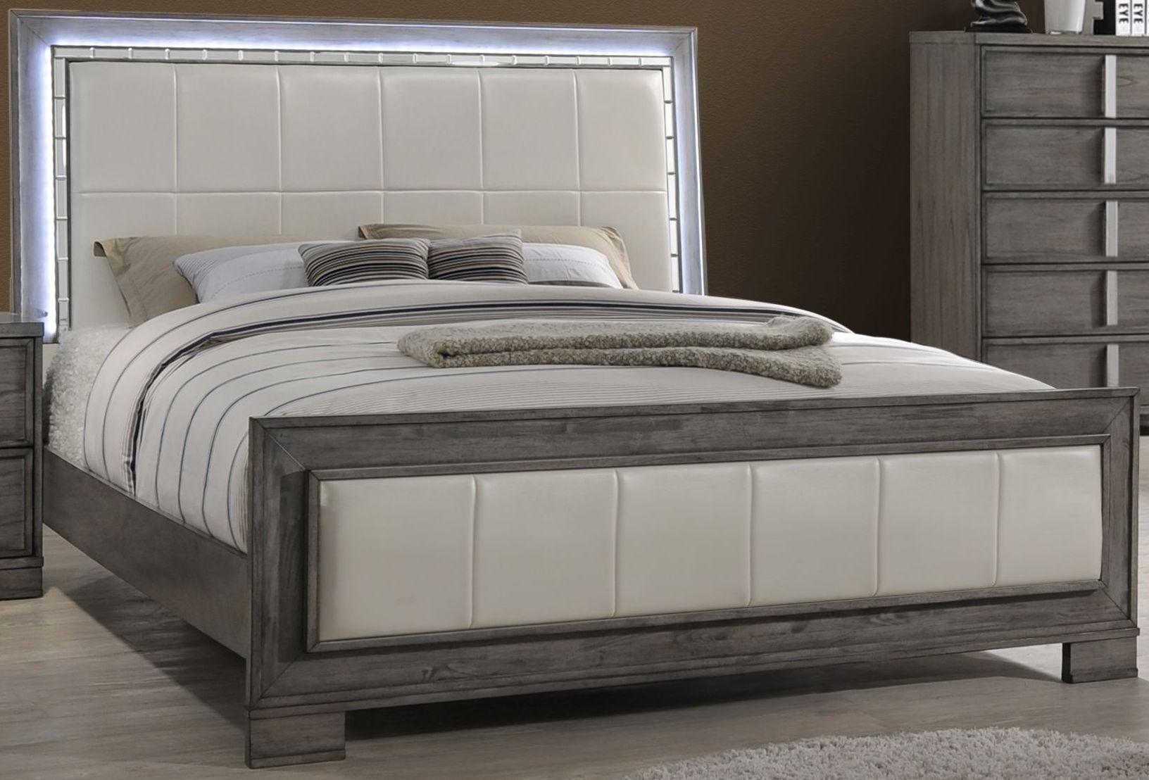 Edgewater Gray Queen Panel Bed From New Classic Coleman