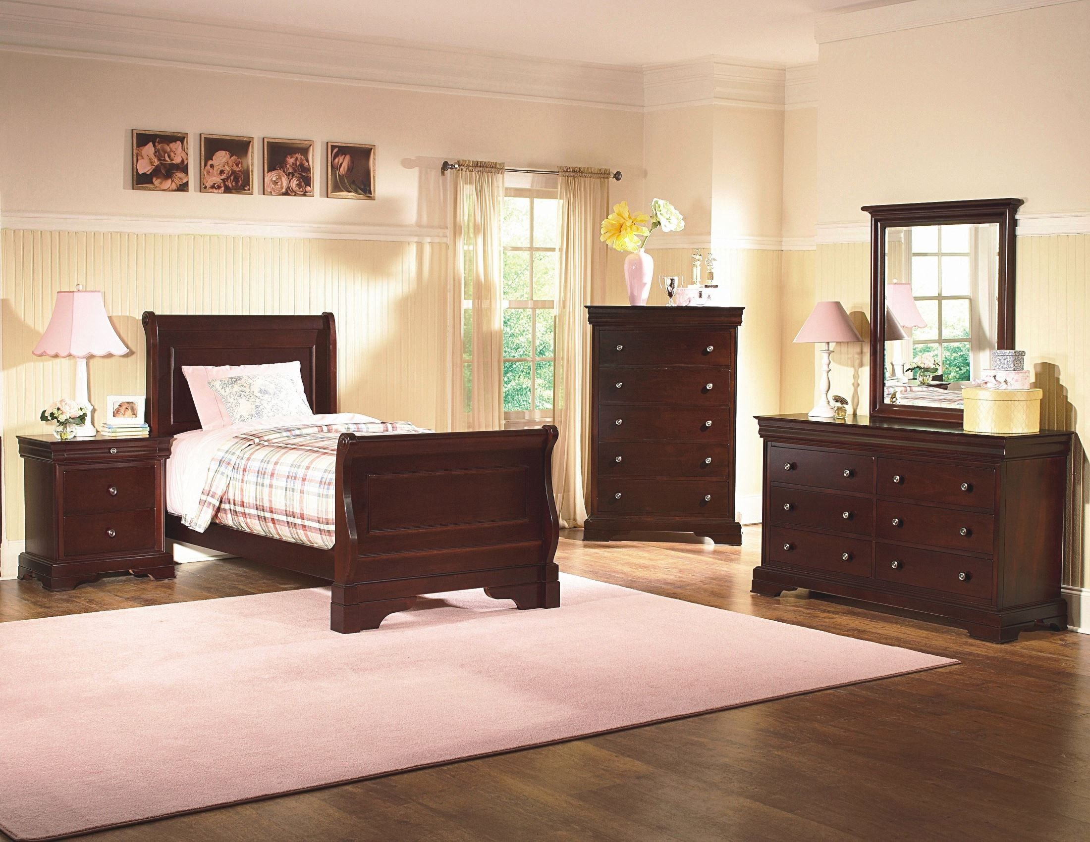 Versaille bordeaux youth sleigh bedroom set from new classics 1040 511 521 531 coleman furniture - Juvenile bedroom sets ...