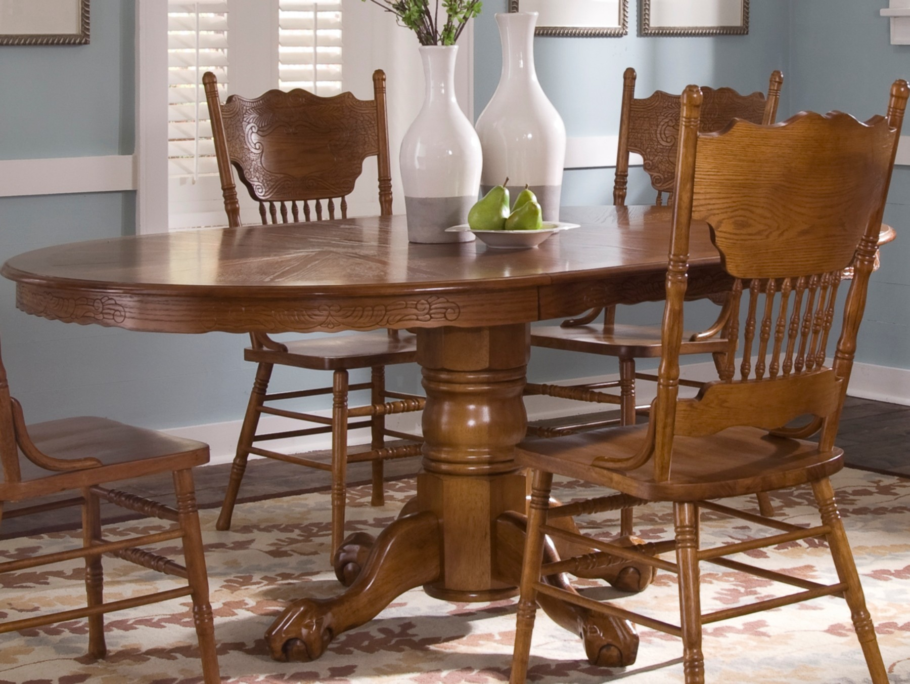 Nostalgia Single Pedestal Dining Table From Liberty 10