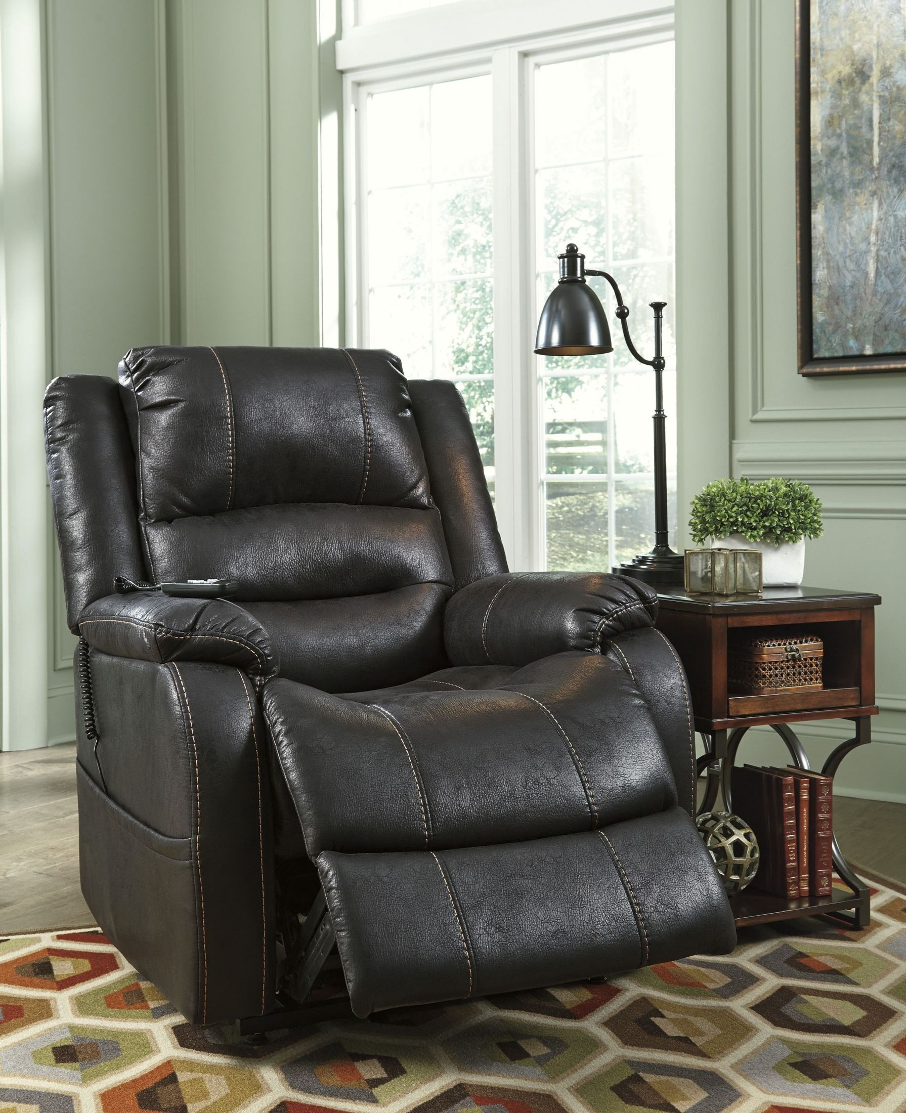 Yandel Black Power Lift Recliner from Ashley · 829455 · 829456 · 829457 : leather power lift recliner - islam-shia.org