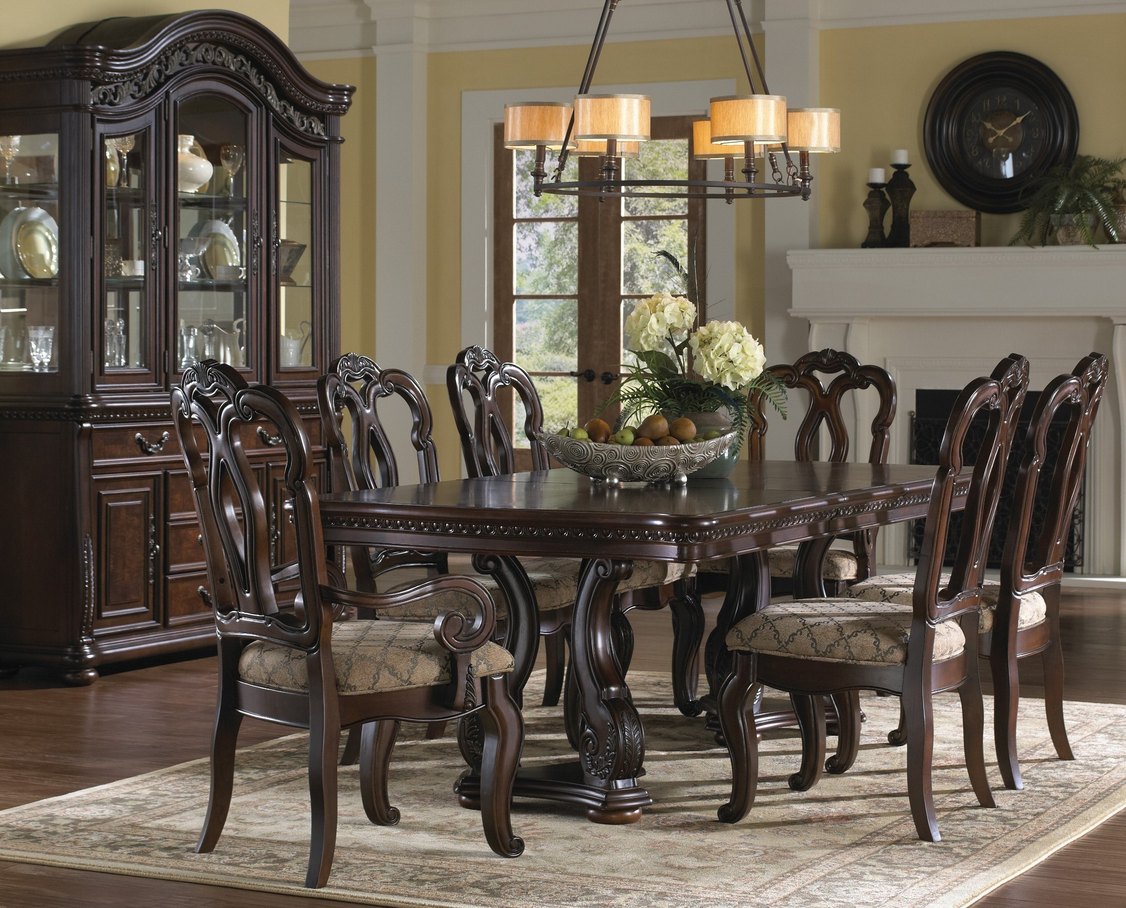 San Marino Extendable Dining Room Set from Samuel Lawrence | Coleman ...