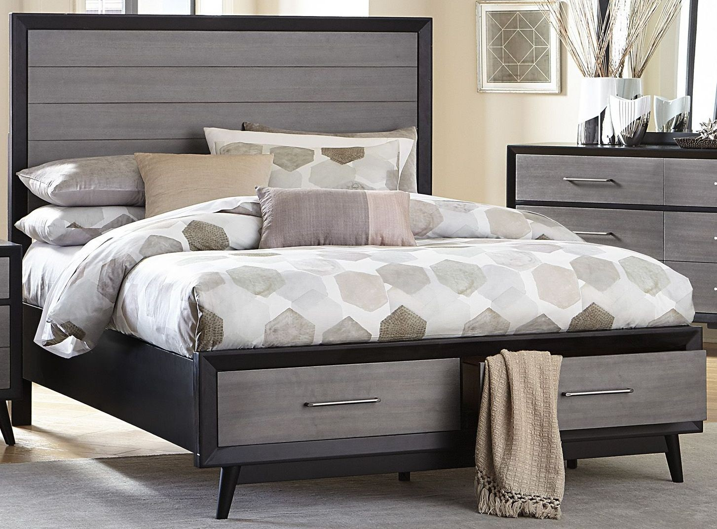 raku walnut cal king storage platform bed from homelegance coleman furniture. Black Bedroom Furniture Sets. Home Design Ideas