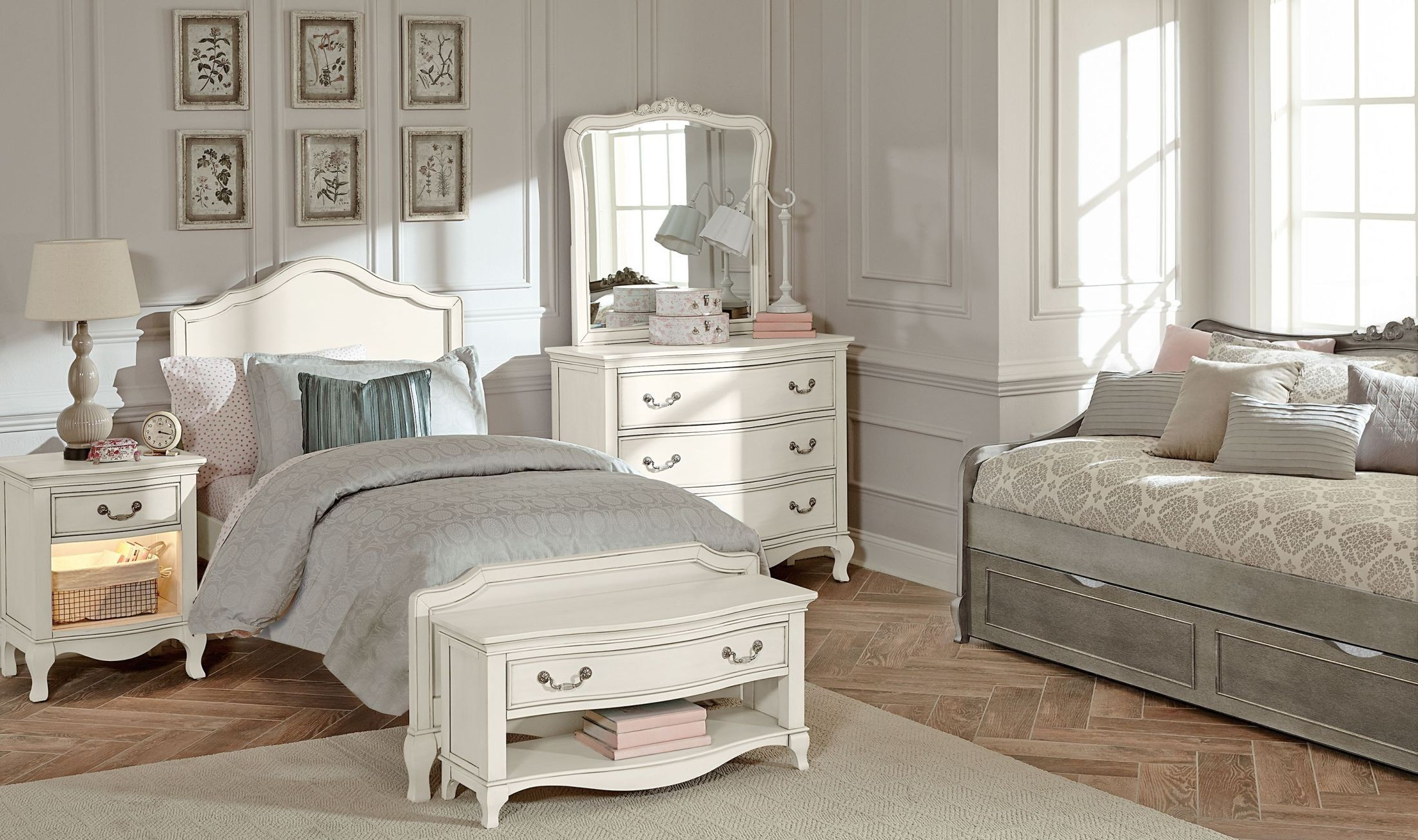 Kensington antique white charlotte youth panel bedroom set - White vintage bedroom furniture sets ...
