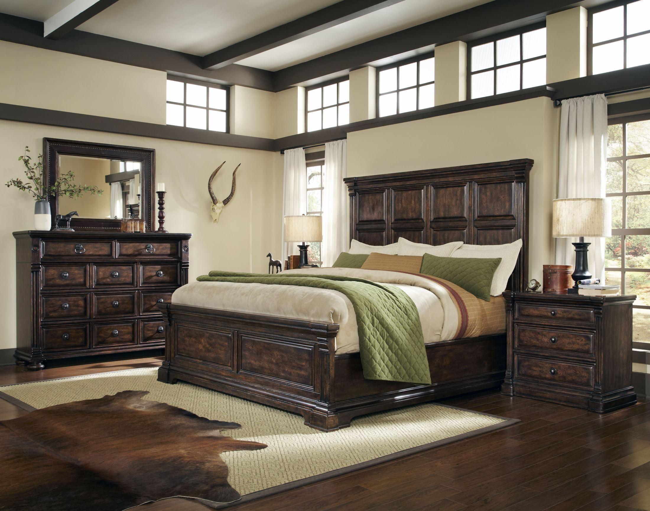 4 Piece Modus Kentfield Solid Wood Bedroom Set: Whiskey Barrel Oak Panel Bedroom Set From ART (205126-2304