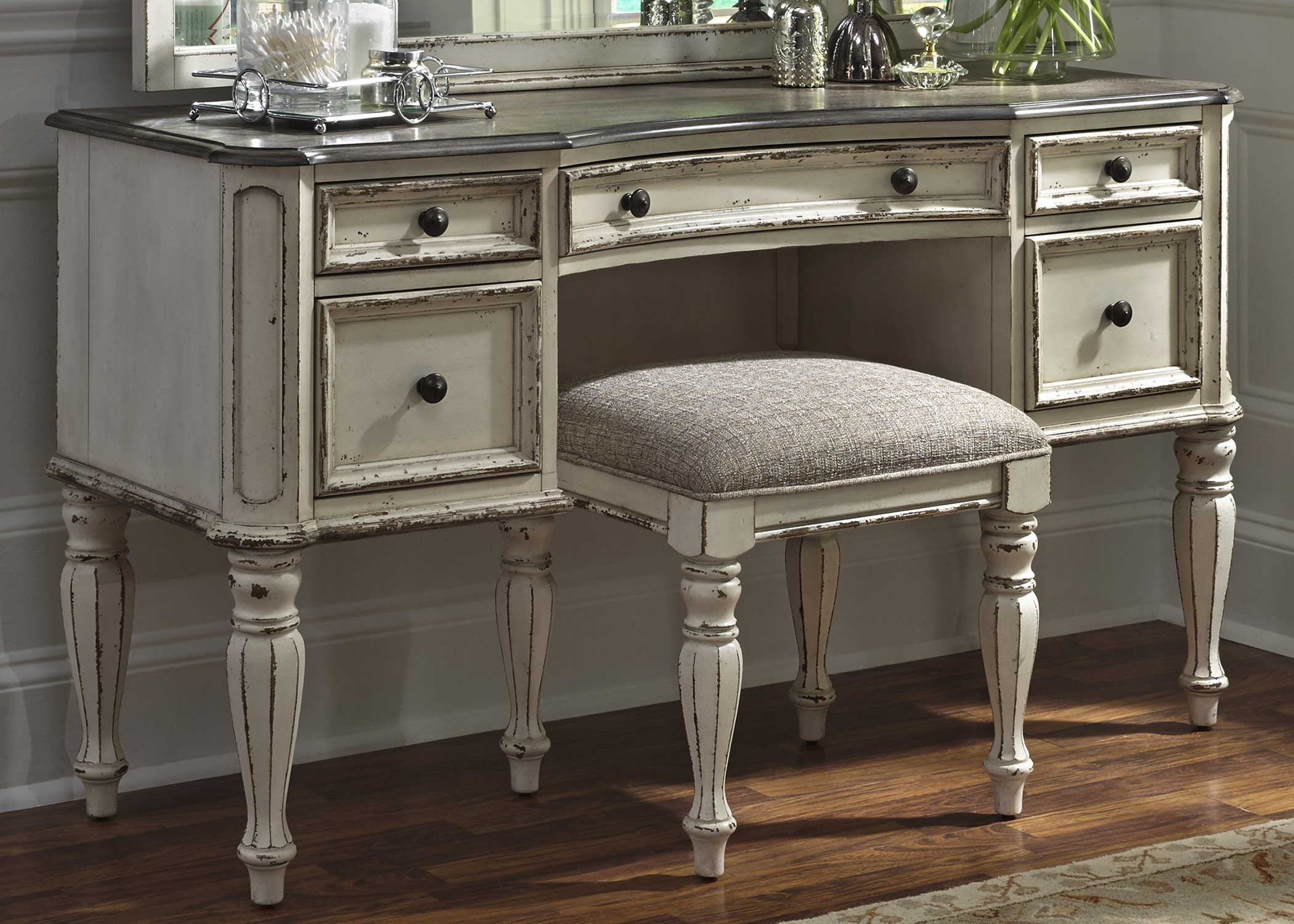 Magnolia Manor Antique Vanity Desk From Liberty