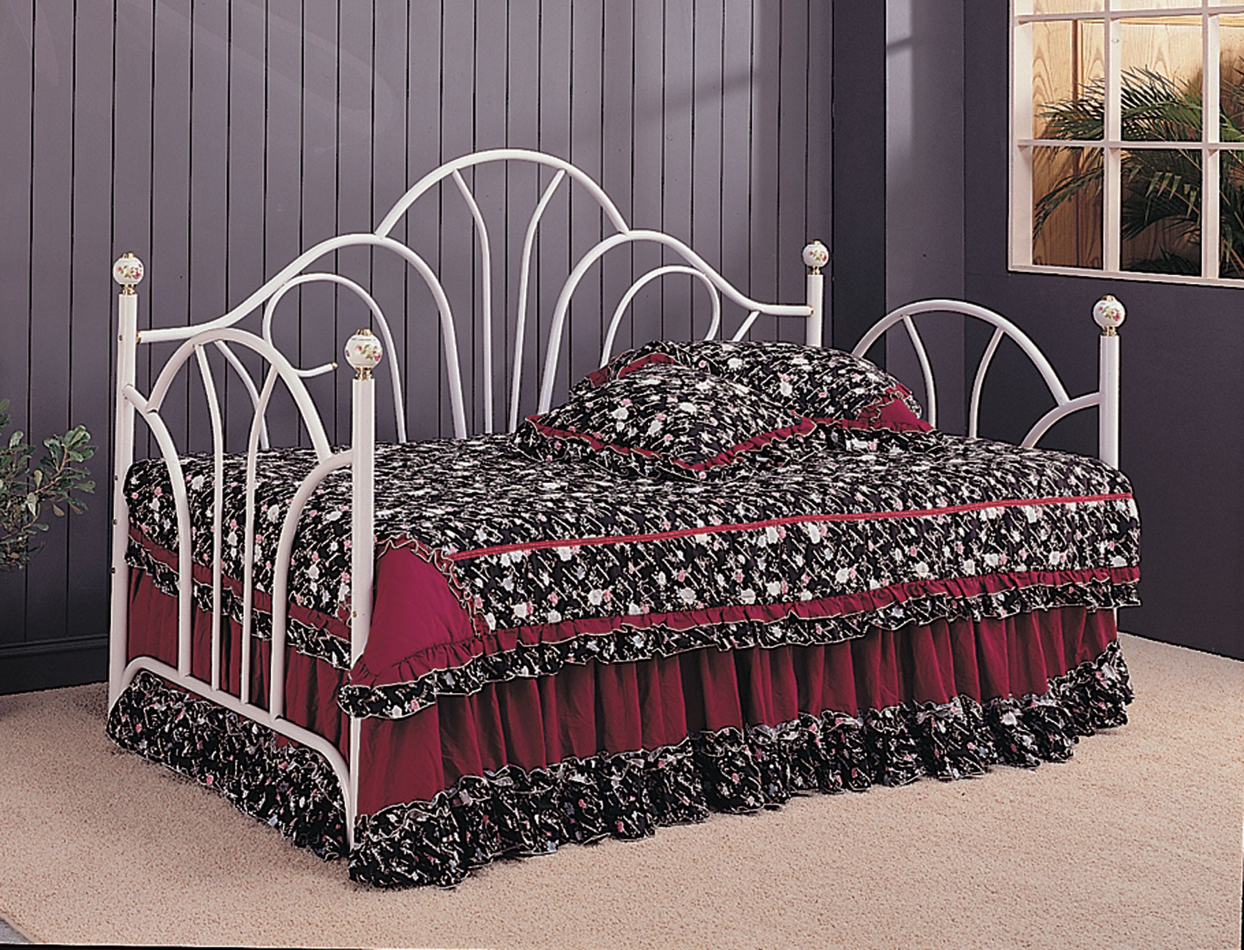 White Twin Metal Day Bed From Coaster Coleman Furniture