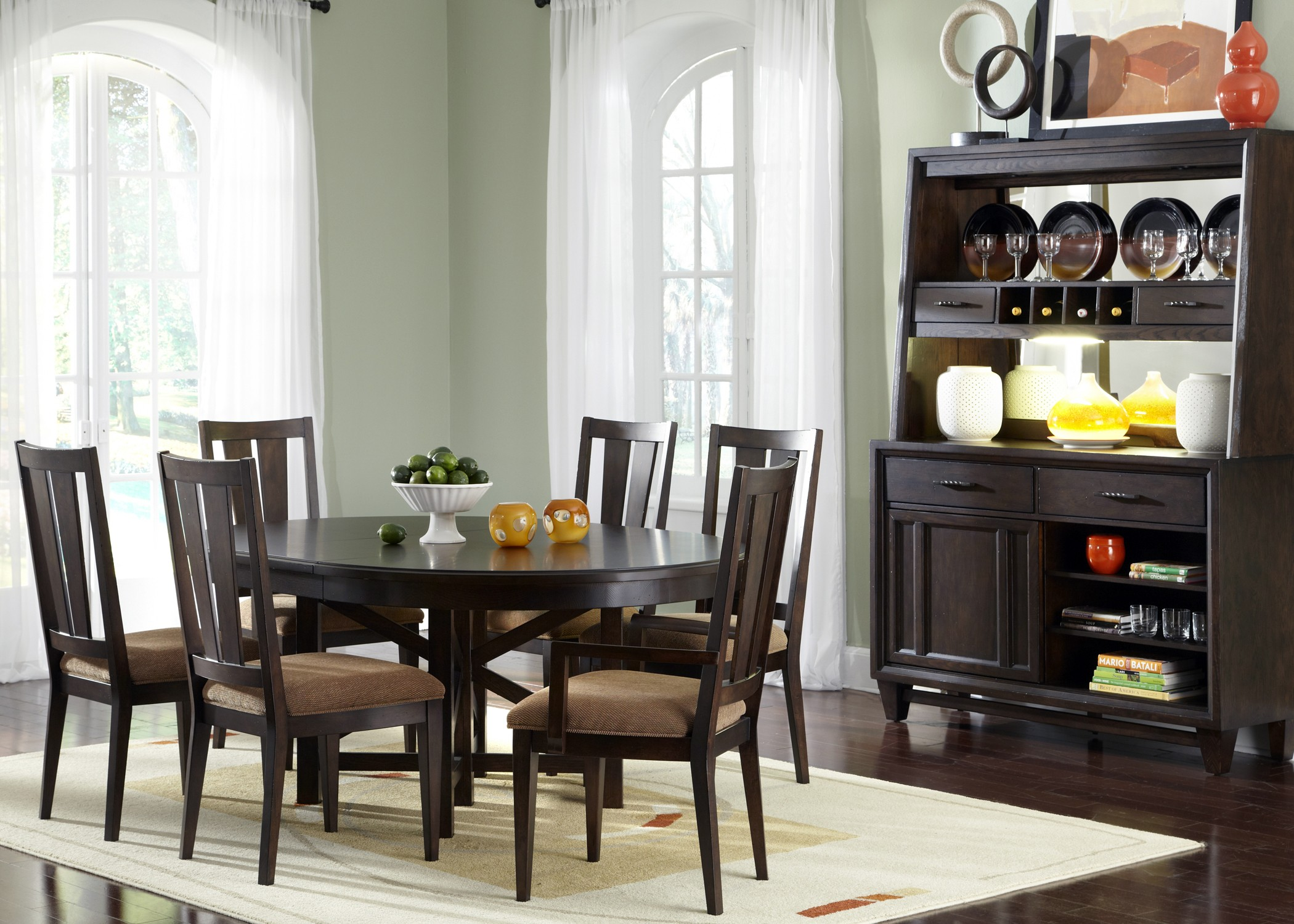 Visions Oval Pedestal Dining Room Set From Liberty