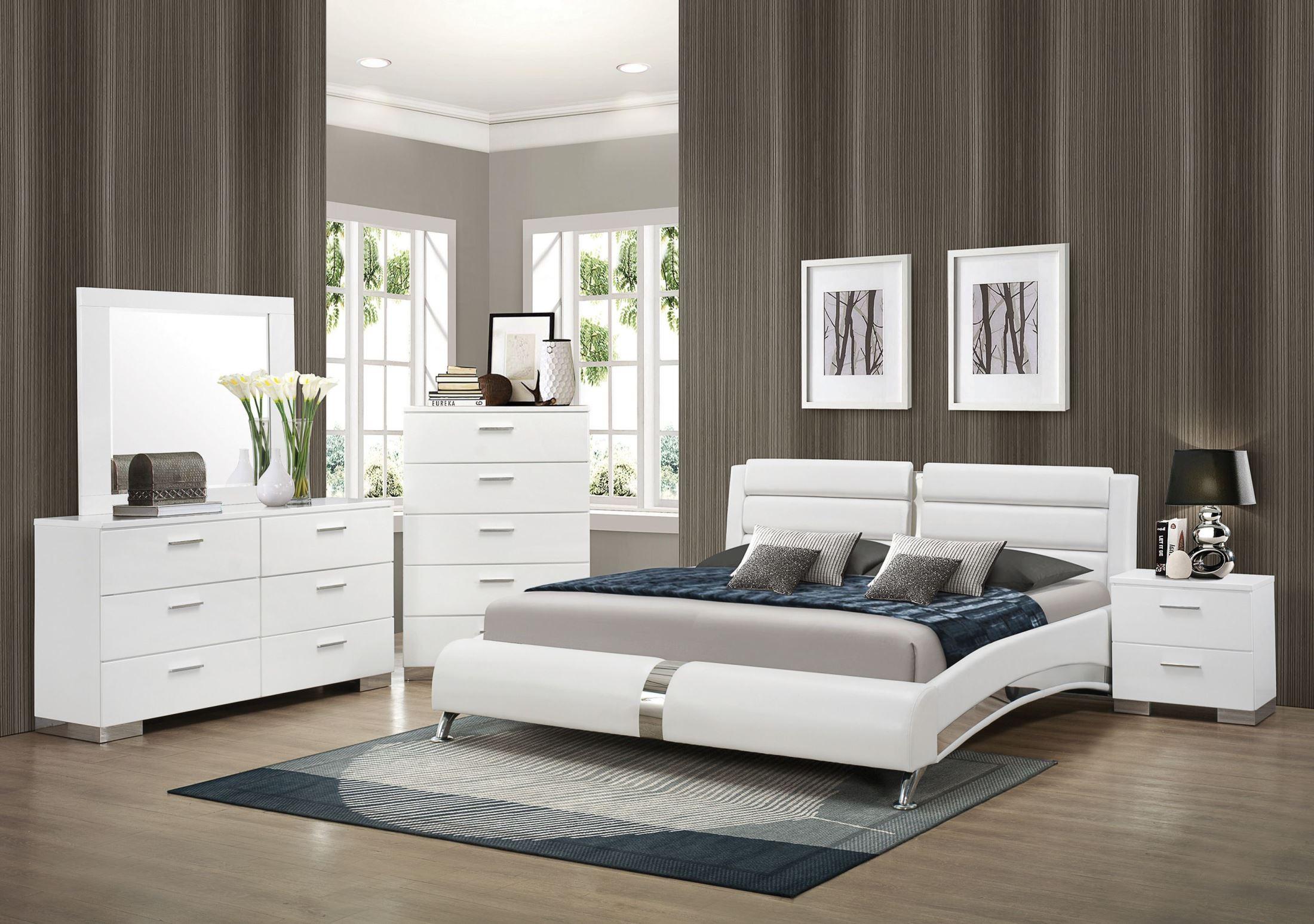 Felicity King Size Platform Bed From Coaster 300345ke