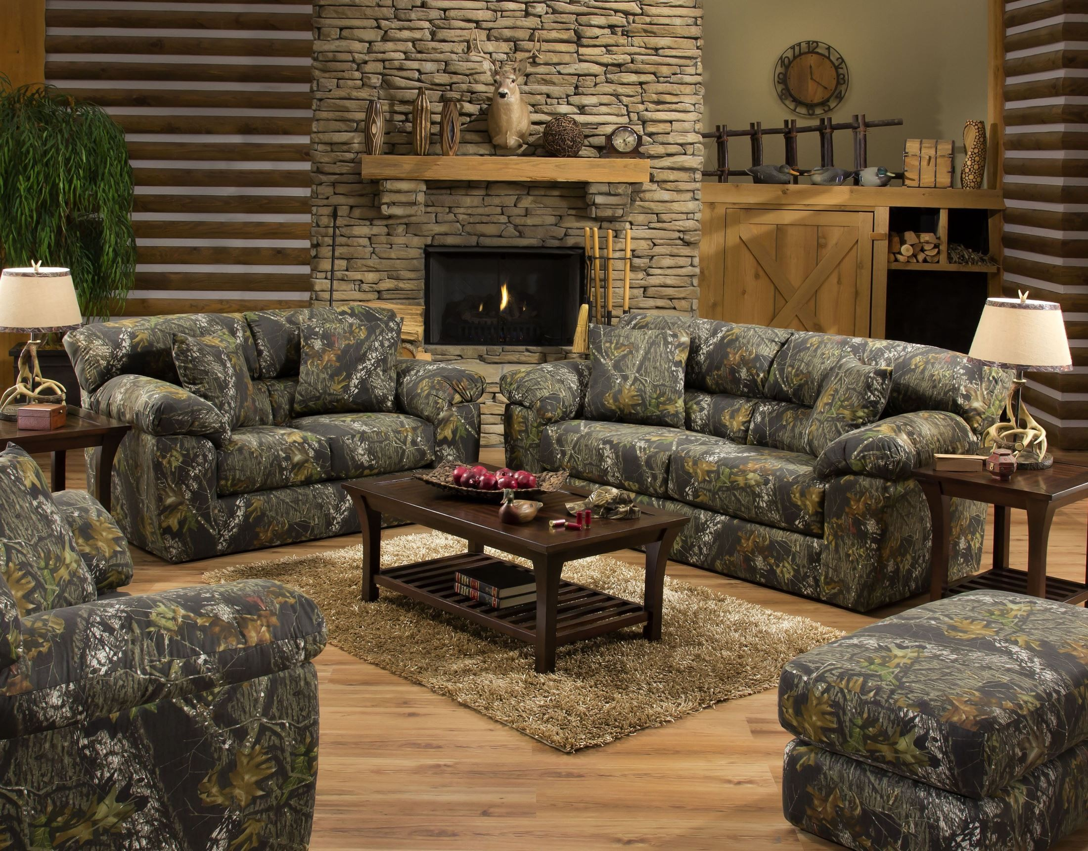 Big game mossy oak living room set from jackson for Living room designs with oak furniture