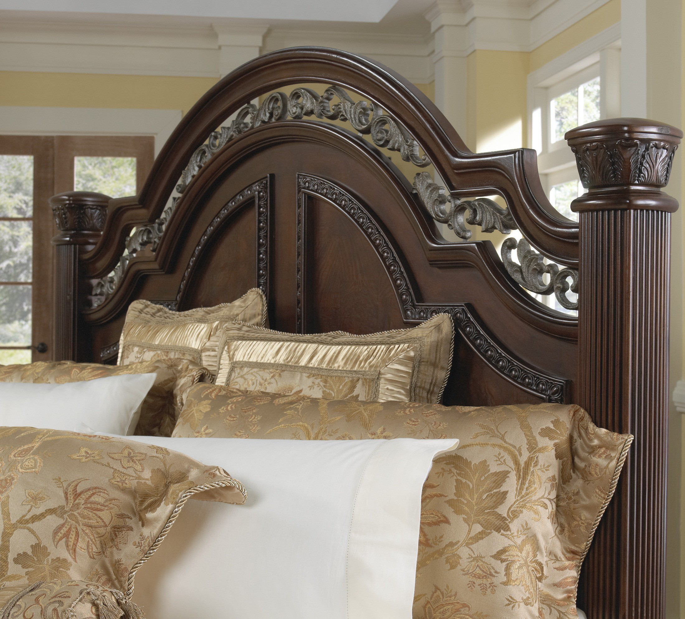 San Marino Bedroom Set From Samuel Lawrence 3530 250 251