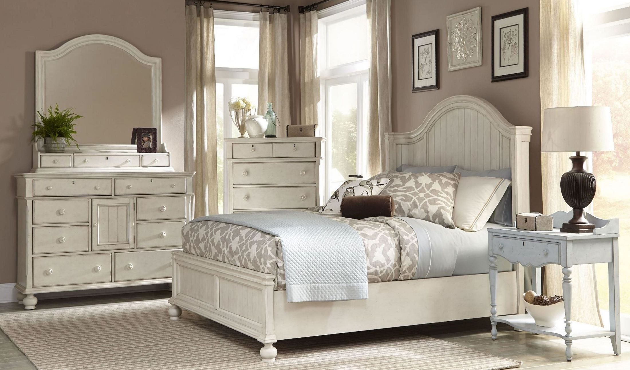 Newport antique white panel bedroom set from american - White vintage bedroom furniture sets ...