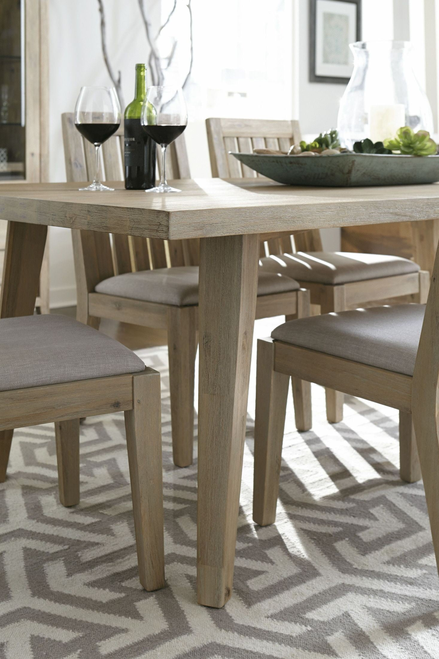 Casablanca weathered acacia rectangular dining table