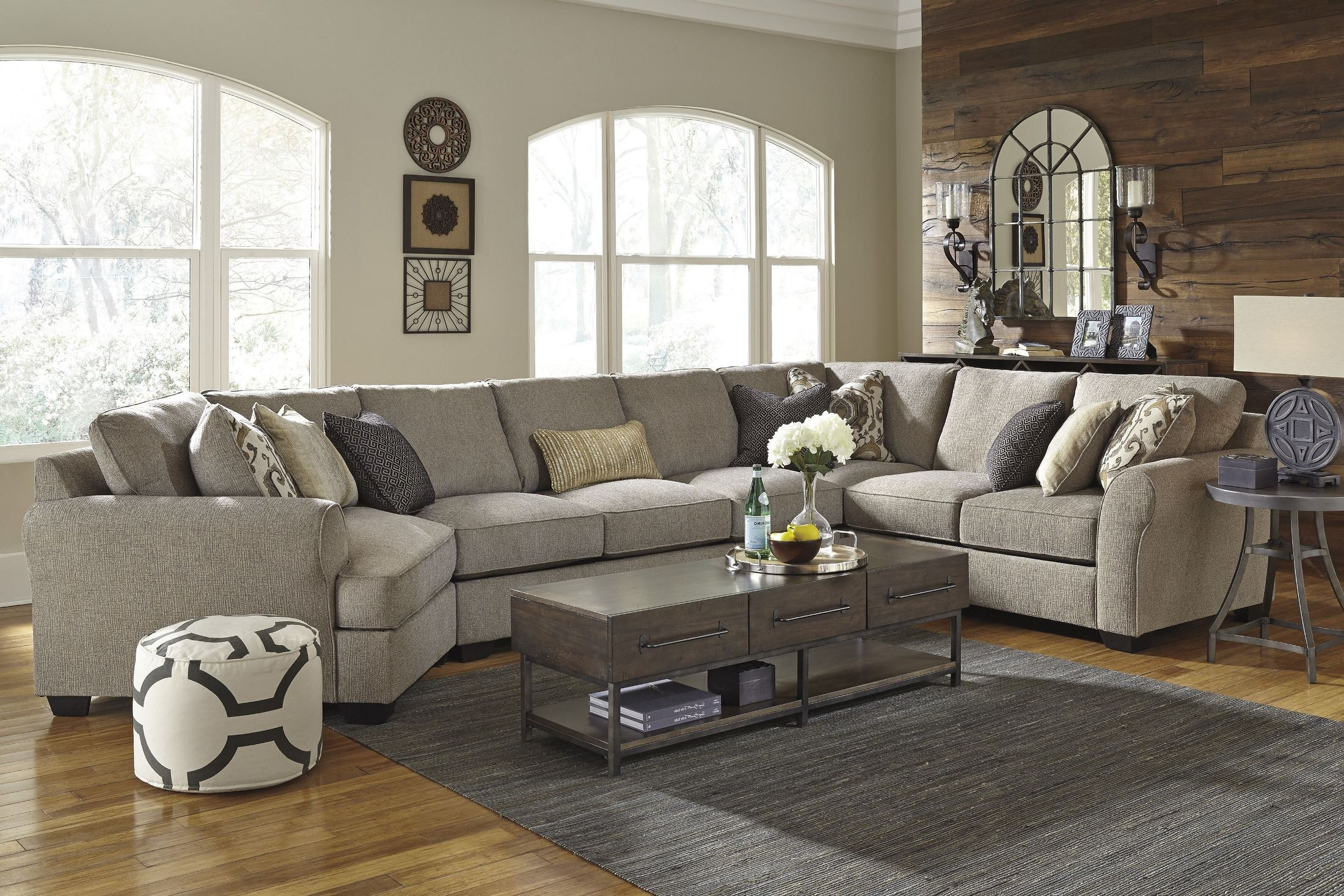 Pantomine Driftwood Laf Large Cuddler Sectional From