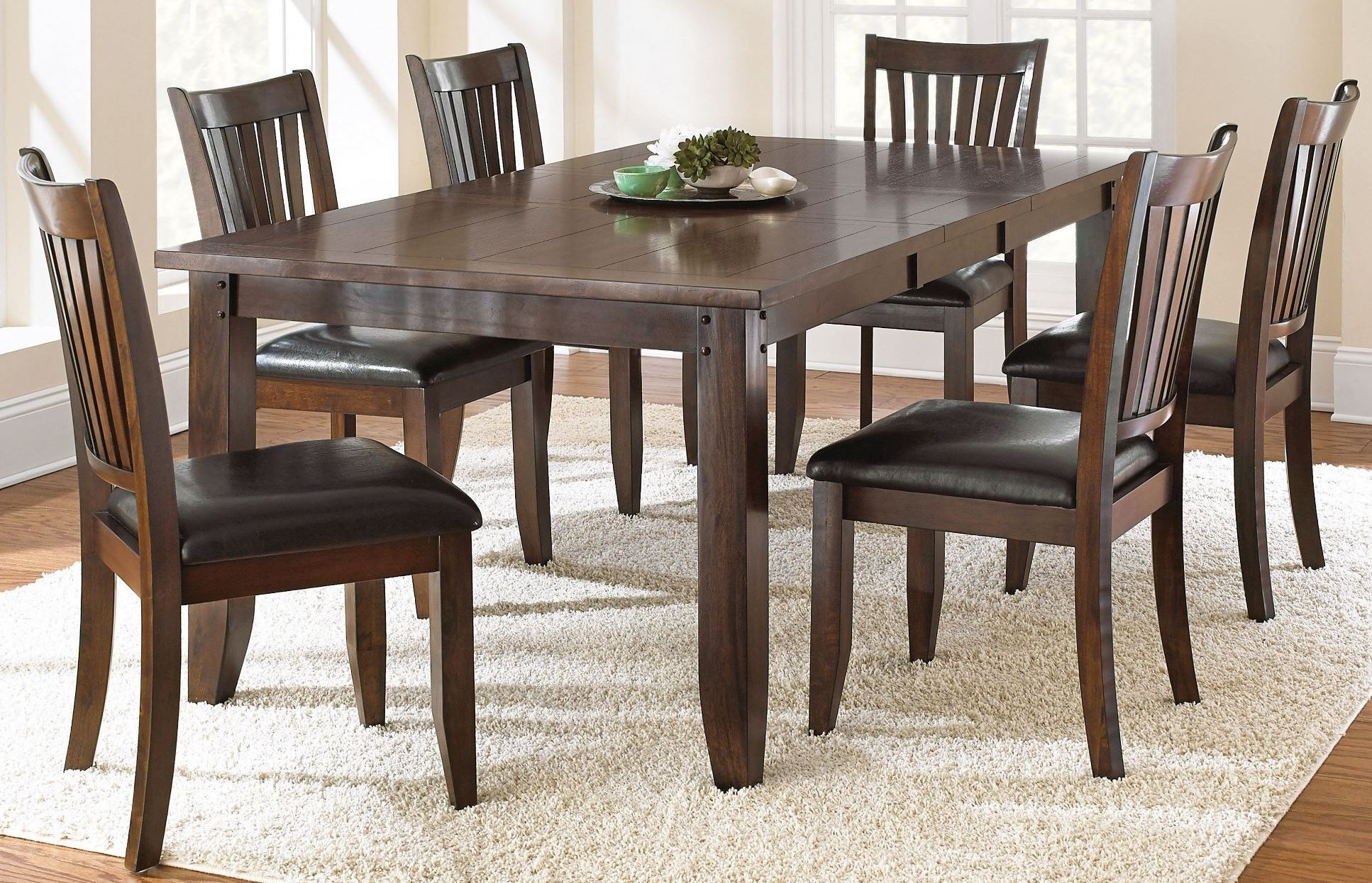 josie red oak extendable rectangular dining room set from steve silver je500t coleman furniture. Black Bedroom Furniture Sets. Home Design Ideas