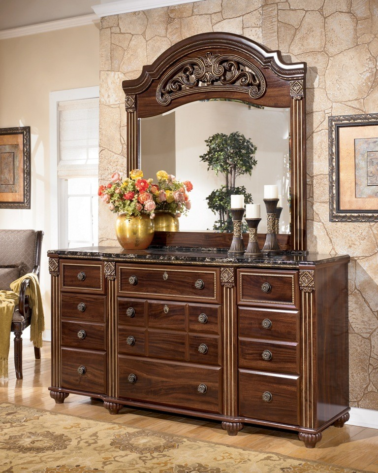 337290 Gabriela Poster Bedroom Set from Ashley  B347 Coleman Furniture