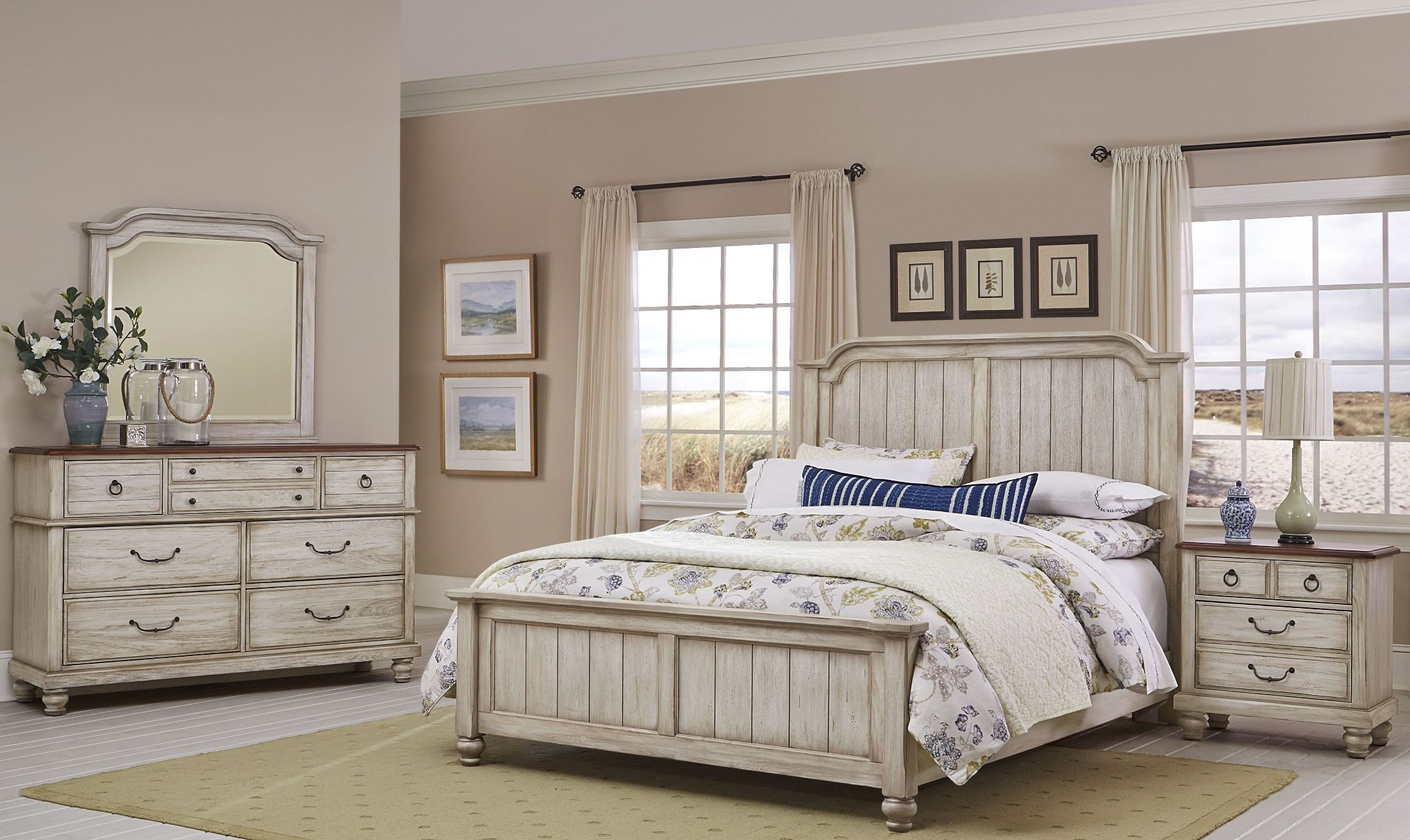Arrendelle Rustic White And Cherry Mansion Bedroom Set