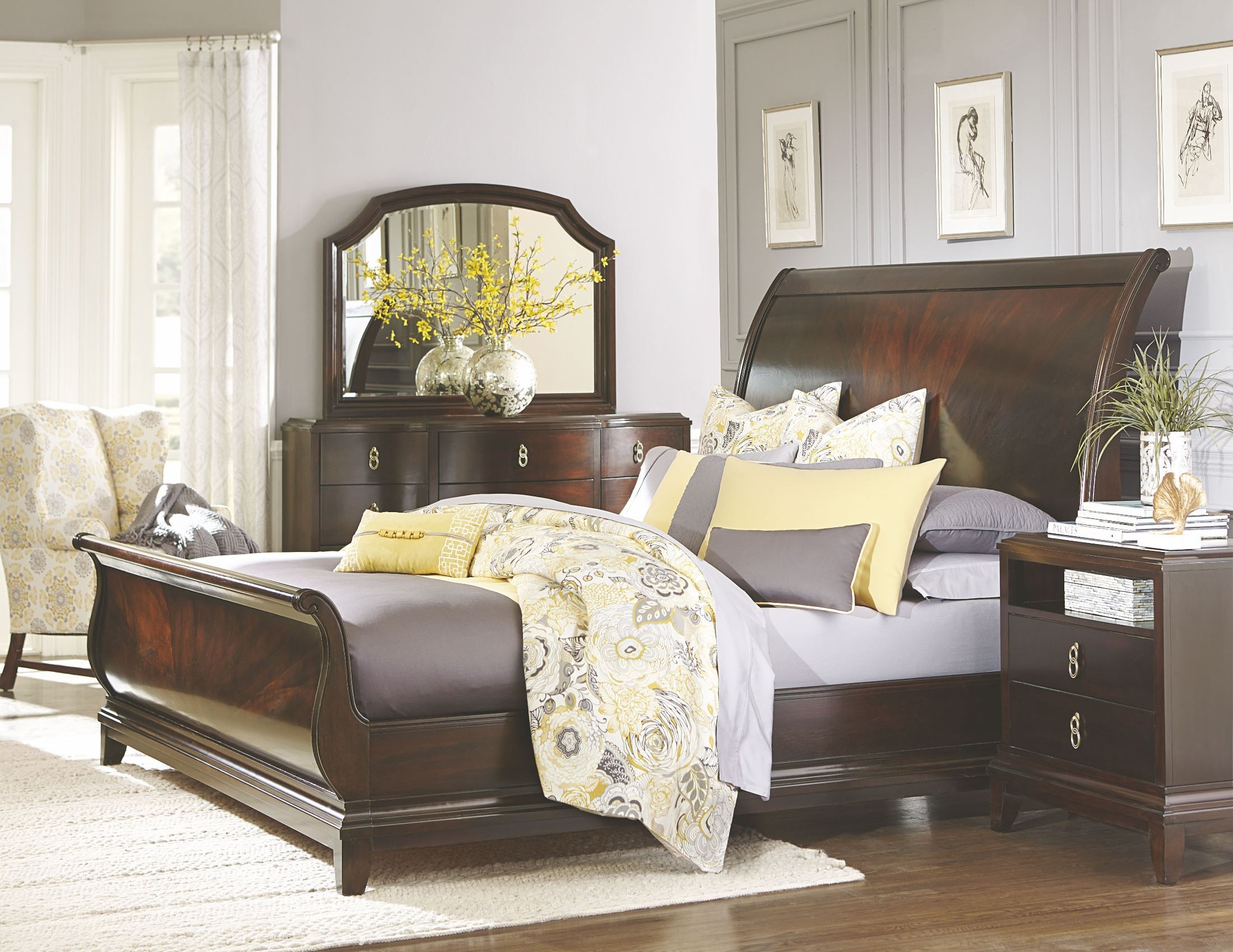 Sophia Sleigh Bedroom Set From Legacy Classic 4450 4305k