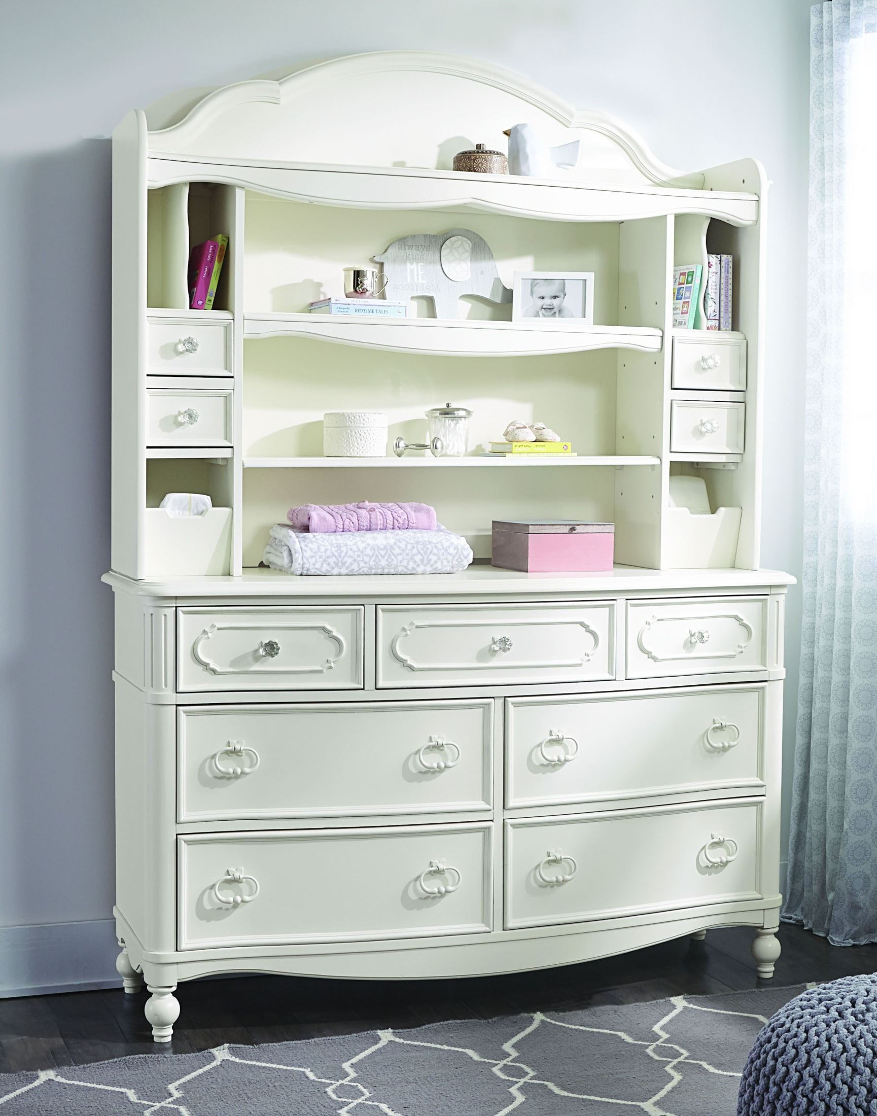 Harmony Antique Linen White 7 Drawer Dresser With Hutch