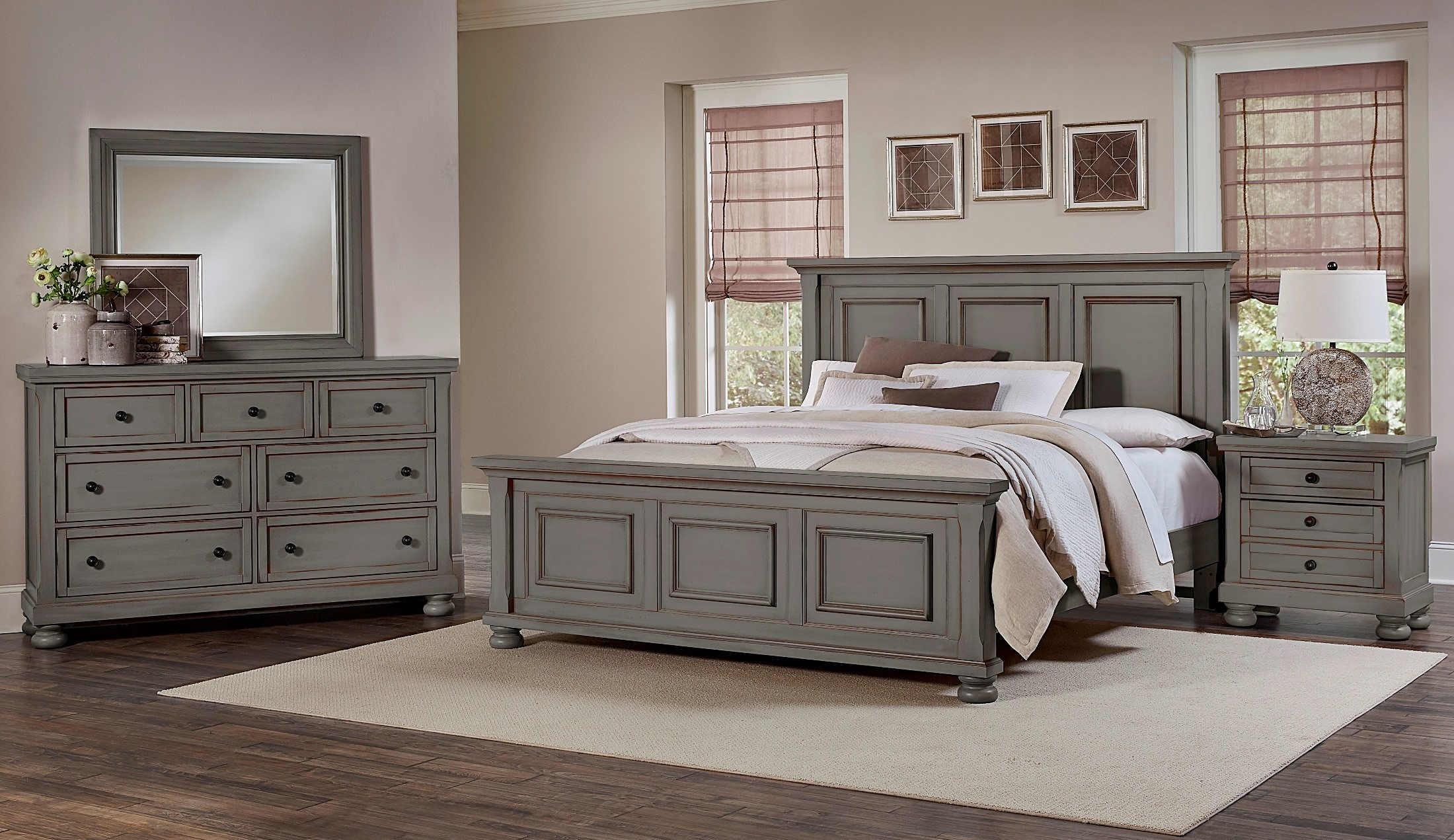 Reflections Antique Pewter Mansion Bedroom Set From