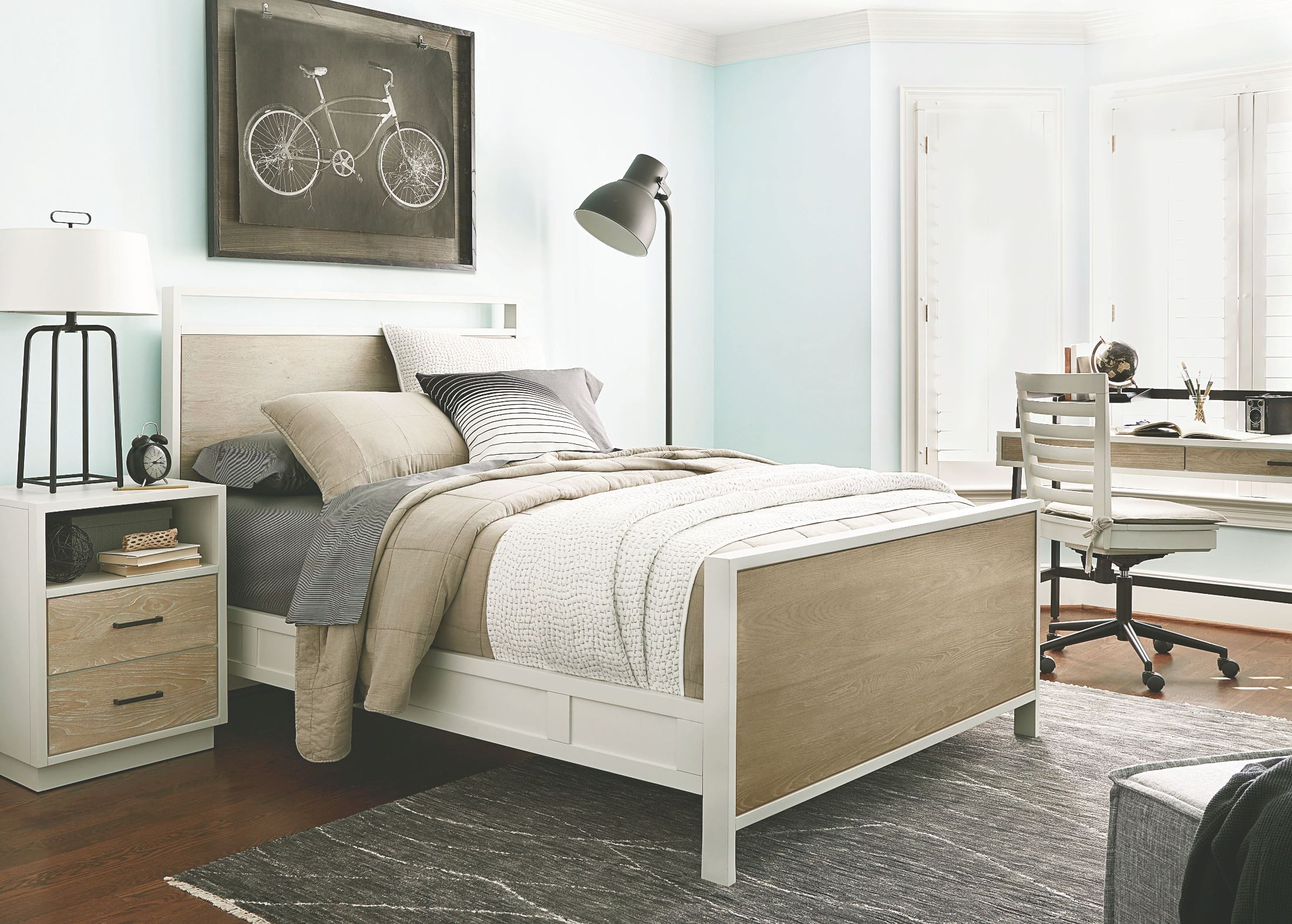 Myroom parchment and gray youth panel bedroom set from