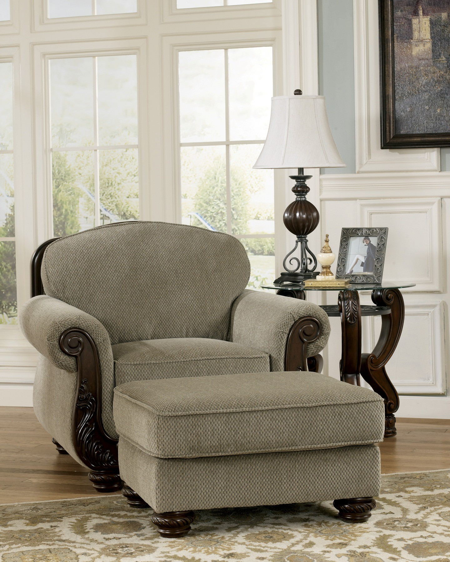 Homestore Gallery: Martinsburg Meadow Living Room Set From Ashley (57300