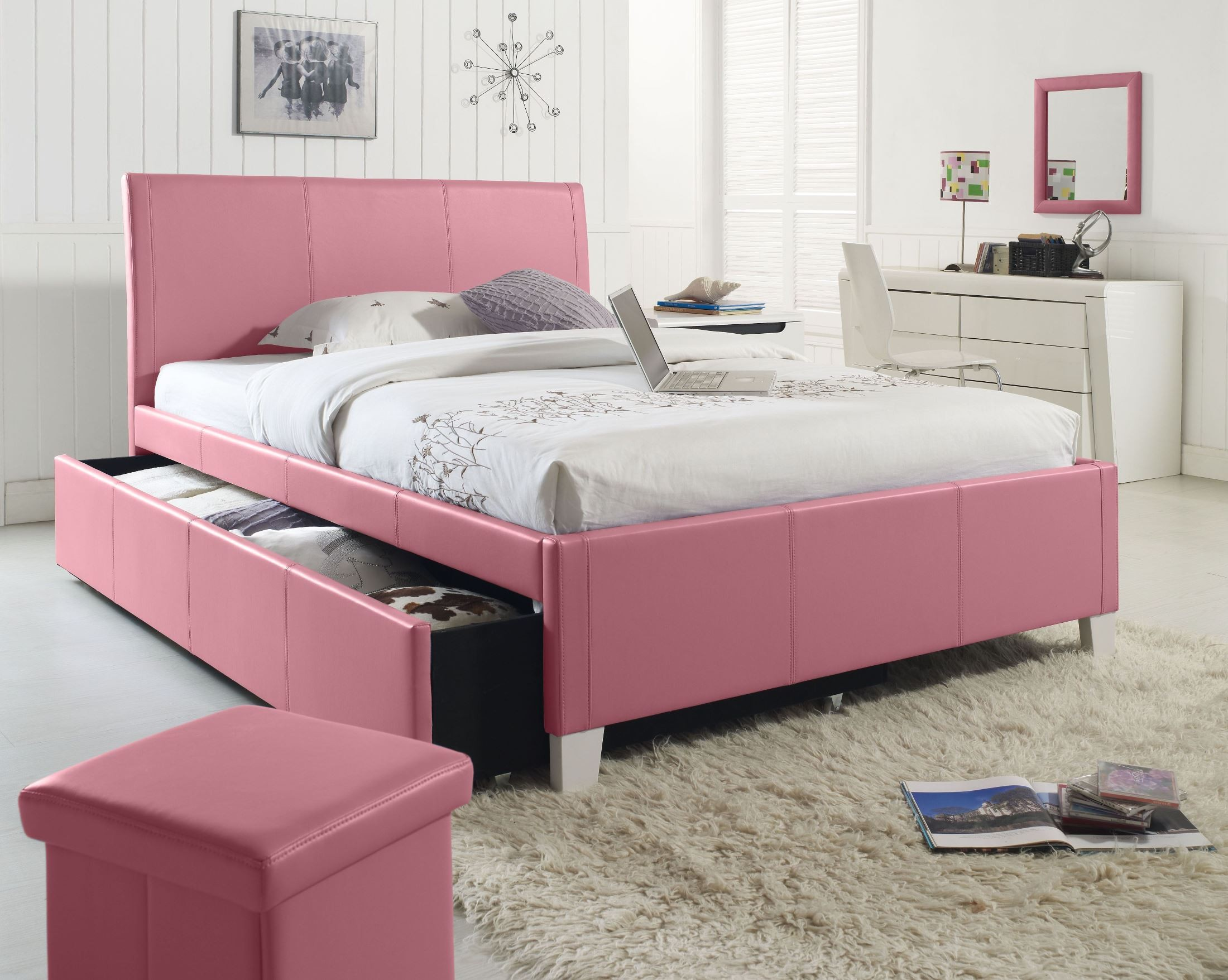 fantasia pink twin upholstered trundle bed from standard furniture coleman furniture. Black Bedroom Furniture Sets. Home Design Ideas