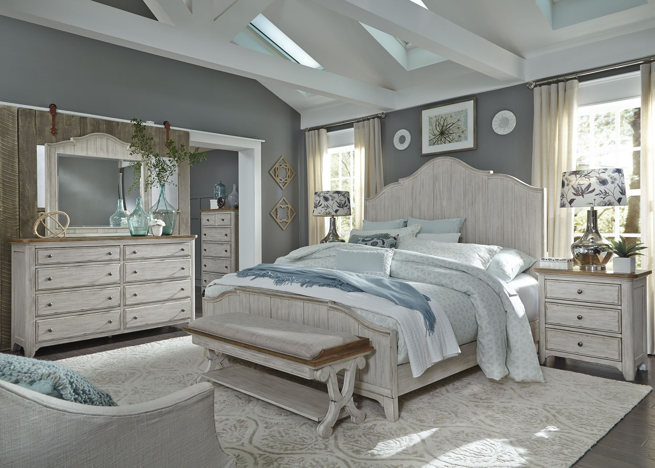 Etonnant Farmhouse Reimagined Antique White Panel Bedroom Set From Liberty | Coleman  Furniture